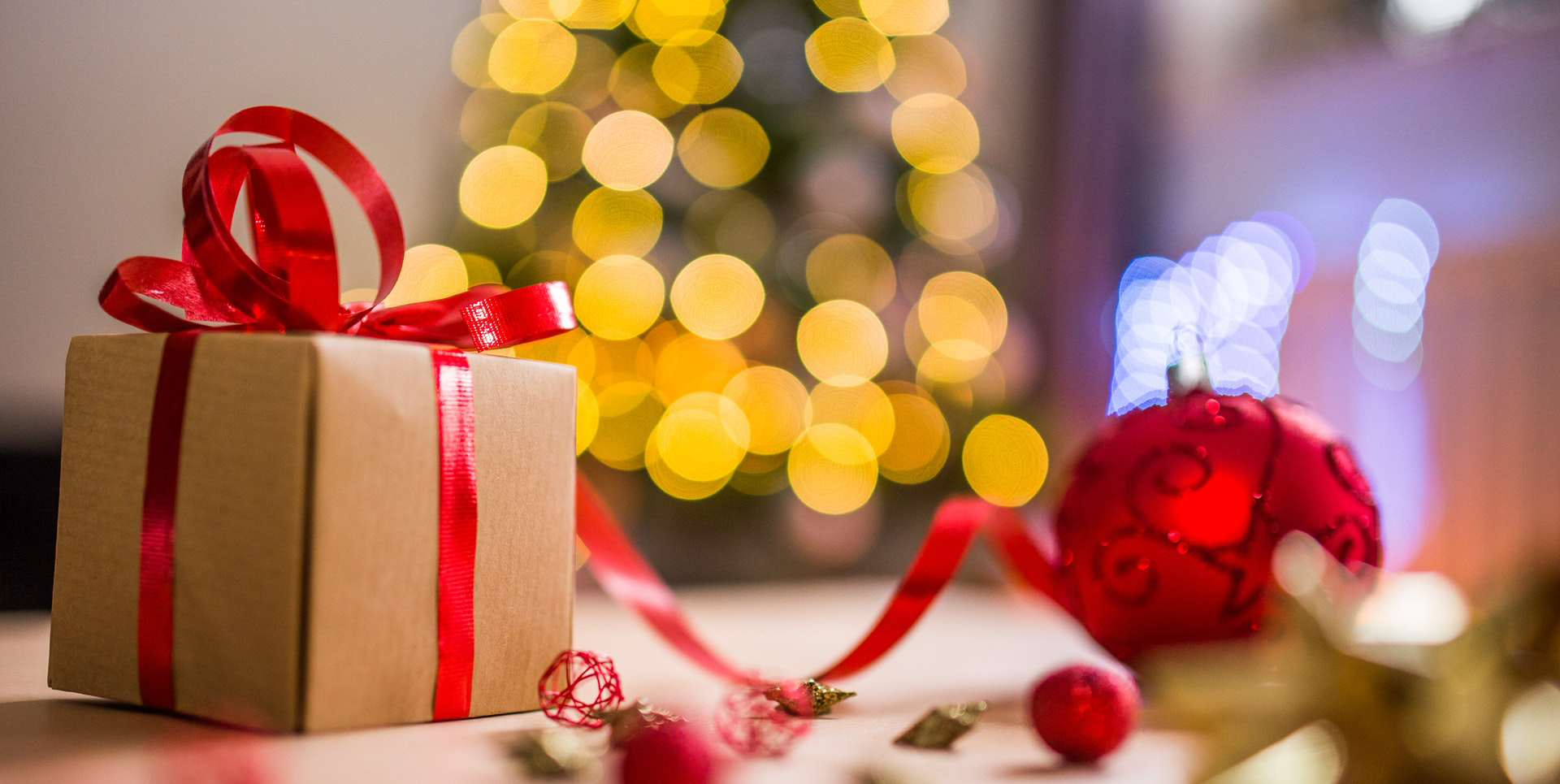 7 Awesome Websites For Your Christmas Shopping Digital Six